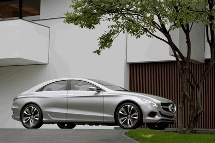 2010 Mercedes-Benz F 800 Style Research Vehicle 82