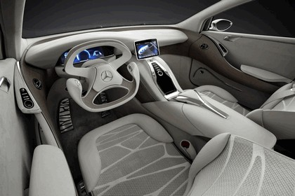 2010 Mercedes-Benz F 800 Style Research Vehicle 97