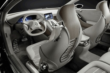 2010 Mercedes-Benz F 800 Style Research Vehicle 99