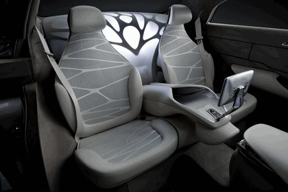 2010 Mercedes-Benz F 800 Style Research Vehicle 104