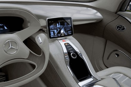 2010 Mercedes-Benz F 800 Style Research Vehicle 120