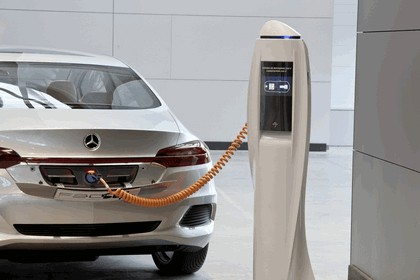2010 Mercedes-Benz F 800 Style Research Vehicle 130