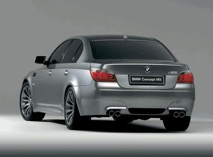 2004 BMW M5 concept 3