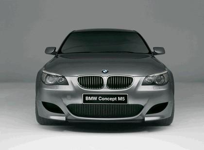2004 BMW M5 concept 4