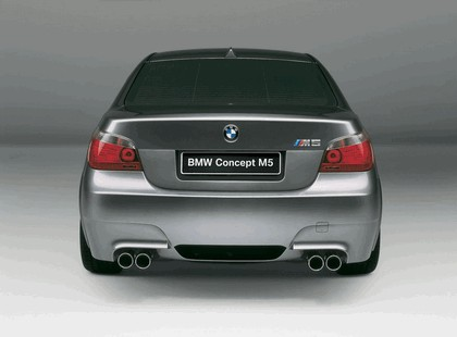 2004 BMW M5 concept 5