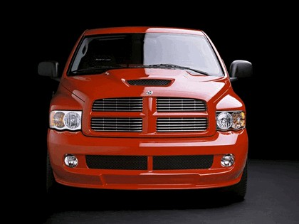 2004 Dodge Ram SRT-10 21