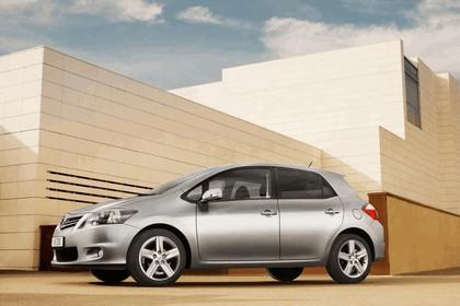 2010 Toyota Auris 21
