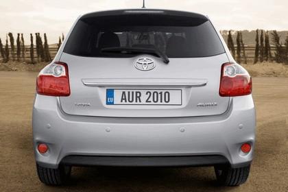 2010 Toyota Auris 32