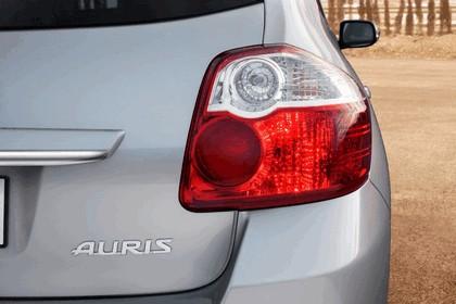 2010 Toyota Auris 44