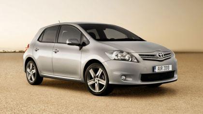 2010 Toyota Auris 9