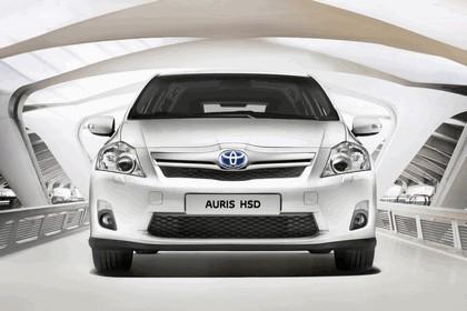 2010 Toyota Auris HSD 5