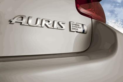 2010 Toyota Auris HSD 11