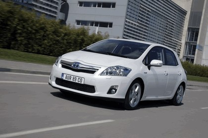 2010 Toyota Auris HSD 17