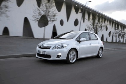 2010 Toyota Auris HSD 23