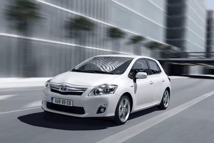 2010 Toyota Auris HSD 27