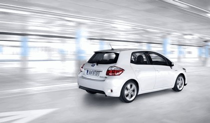 2010 Toyota Auris HSD 30