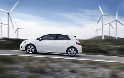 2010 Toyota Auris HSD 41