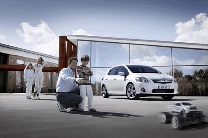 2010 Toyota Auris HSD 57