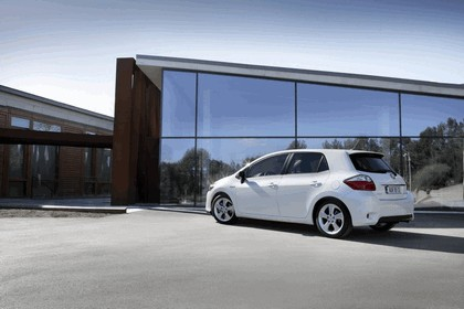 2010 Toyota Auris HSD 66