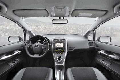 2010 Toyota Auris HSD 74