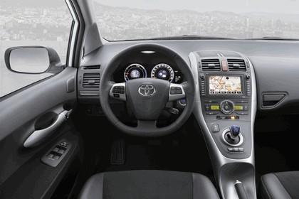2010 Toyota Auris HSD 76