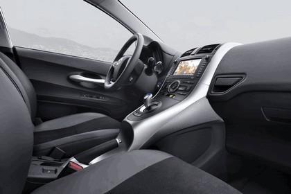 2010 Toyota Auris HSD 77