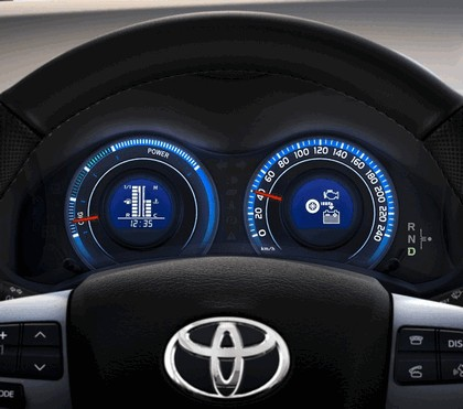 2010 Toyota Auris HSD 85