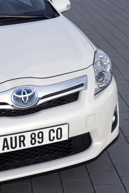 2010 Toyota Auris HSD 100