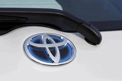 2010 Toyota Auris HSD 107