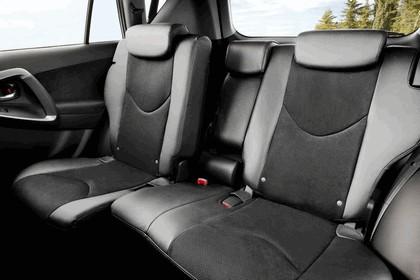 2010 Toyota RAV4 14