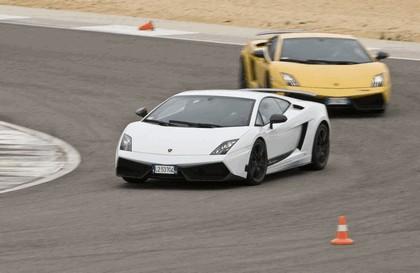 2010 Lamborghini Gallardo LP570-4 Superleggera 26