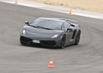 2010 Lamborghini Gallardo LP570-4 Superleggera 32