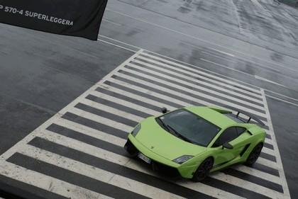 2010 Lamborghini Gallardo LP570-4 Superleggera 98