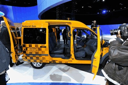 2011 Ford Connect Taxi 8