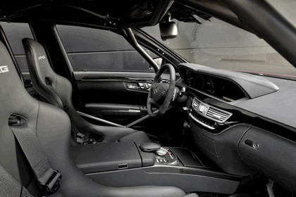 2010 Mercedes-Benz S63 AMG showcar 5
