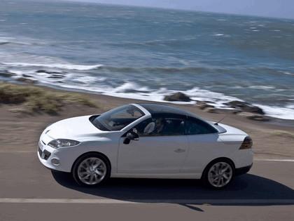 2010 Renault Megane CC 24