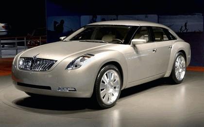 2002 Hyundai HCD7 concept 1