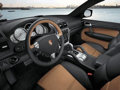 2010 Porsche Cayenne Turbo S 4