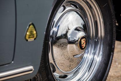 1960 Porsche 356 BT5 cabriolet 9