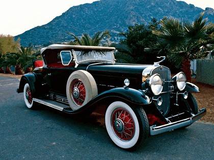 1930 Cadillac V16 452 roadster by Fleetwood 1