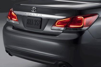 2011 Toyota Avalon 12