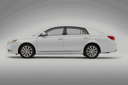 2011 Toyota Avalon 16