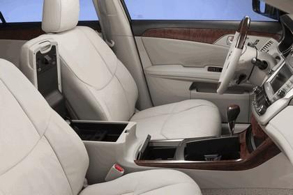 2011 Toyota Avalon 23