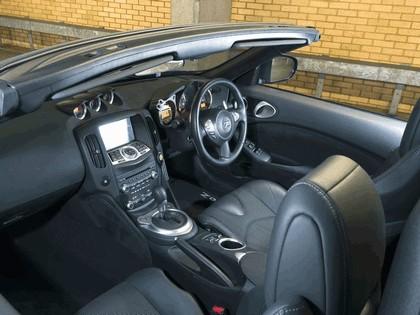 2010 Nissan 370z roadster - UK version 7