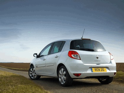 2010 Renault Clio 20th anniversary - UK version 3