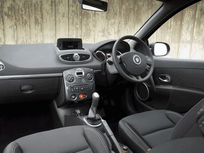 2010 Renault Clio 20th anniversary - UK version 7