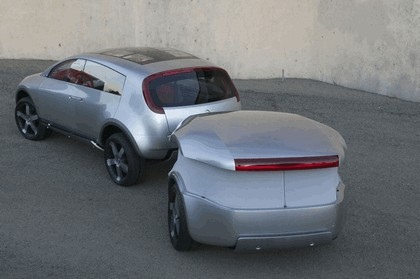2004 Nissan Actic concept 7