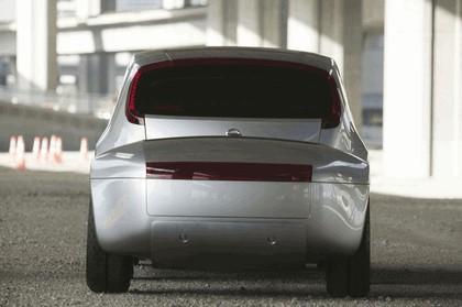 2004 Nissan Actic concept 9