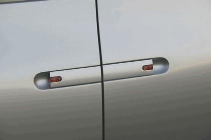 2004 Nissan Actic concept 17