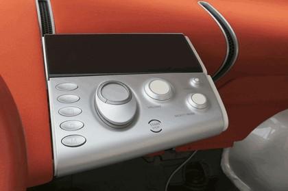 2004 Nissan Actic concept 27